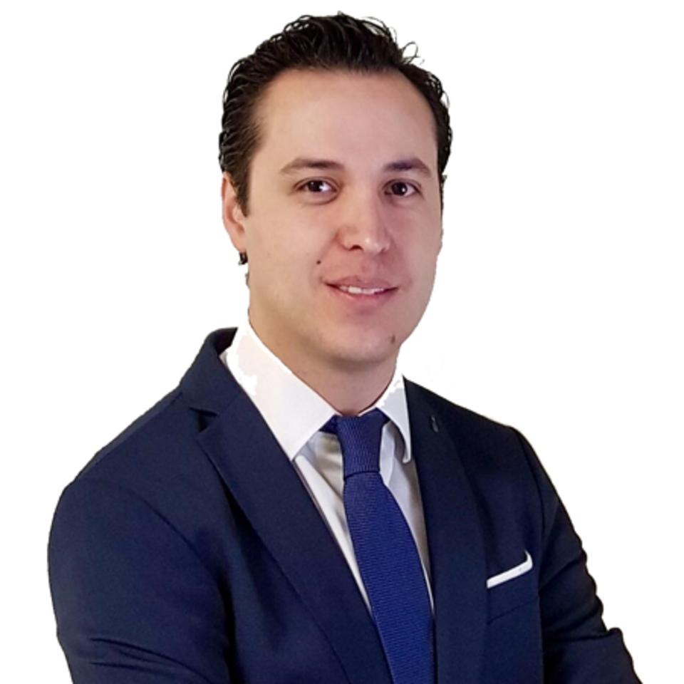 Dr. Irvin Hans Garduño R.